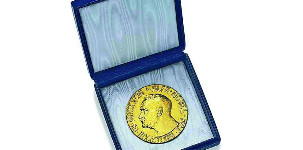 Proponen un premio Nobel de Literatura alternativo