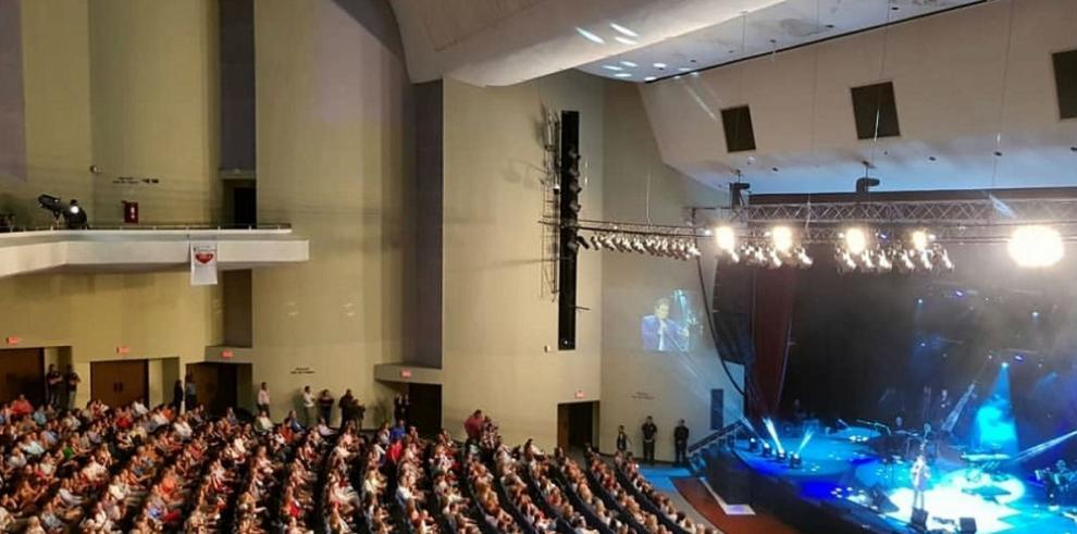 Roberto Carlos presentó en Panamá un único concierto tras 30 años de ausencia