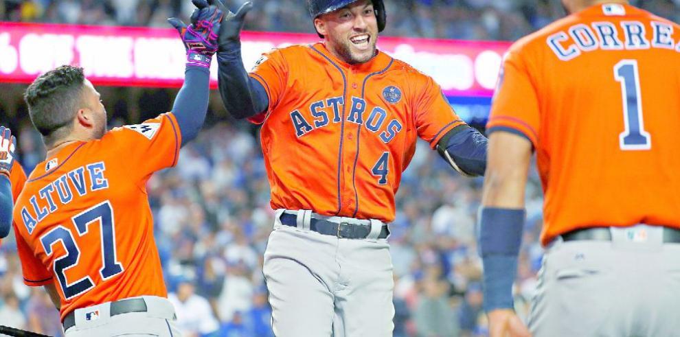 Astros consolidan su gran núcleo ofensivo