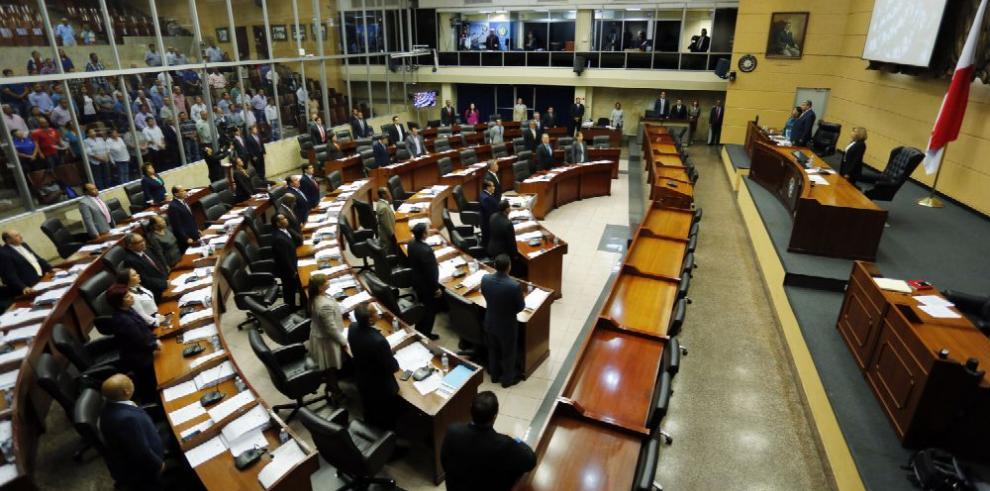 Culmina conflictivo periodo legislativo
