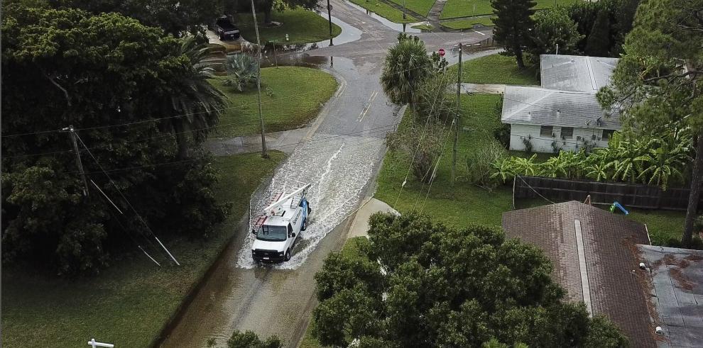 Reportan primera víctima mortal tras paso de huracán Michael por Florida