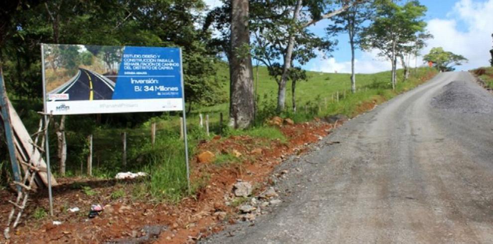 Caminos de Capira, con un año de atraso en su construcción