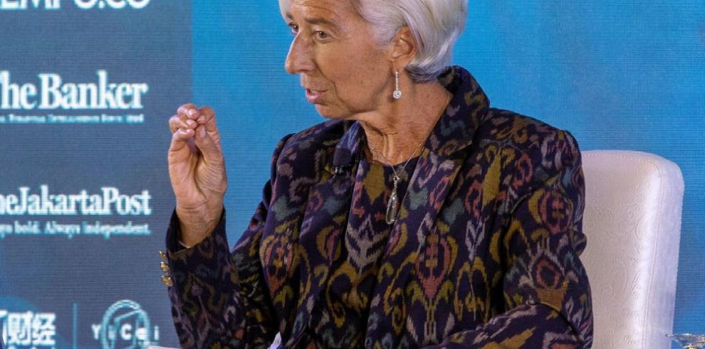FMI reduce perspectiva de crecimiento mundial