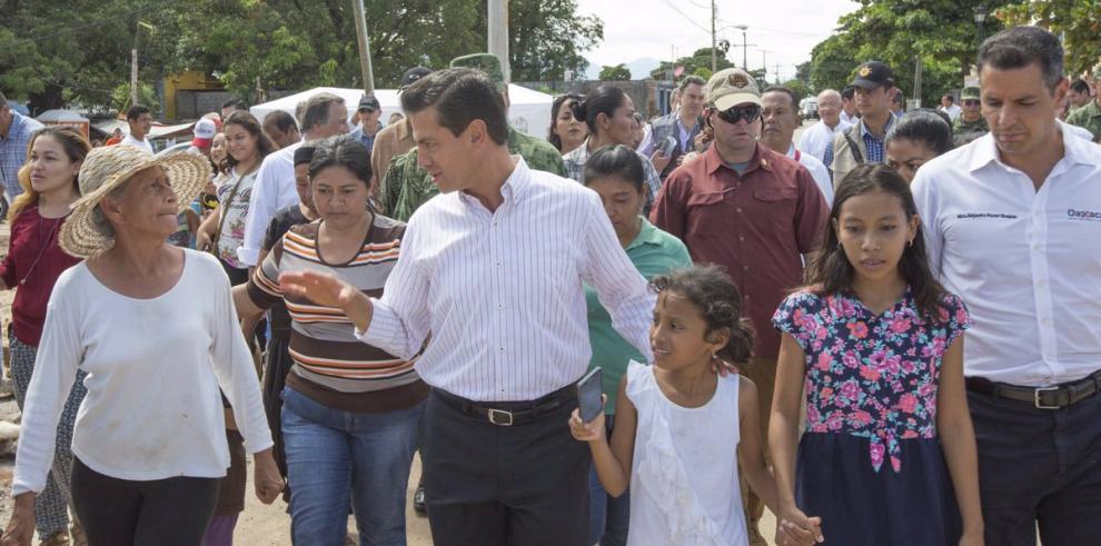 Discusión por el muro con Trump frustra de nuevo visita de Peña Nieto a EEUU
