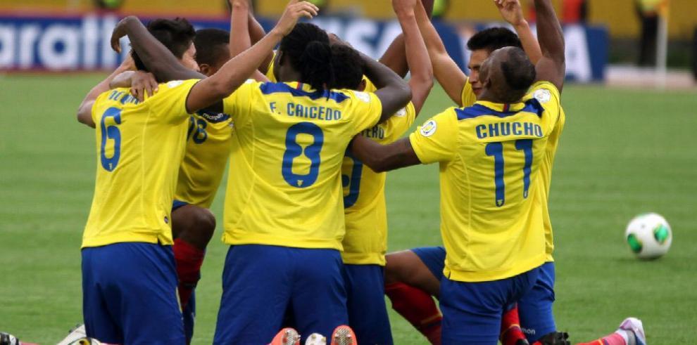Instalan comité para organizar Copa América