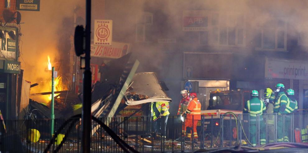Explosión en edificio de Leicester deja seis heridos, dos en estado crítico