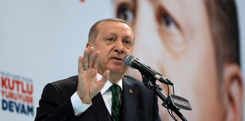 Erdogan acusa a Bachar al Asad de haber asesinado a un millón de sirios