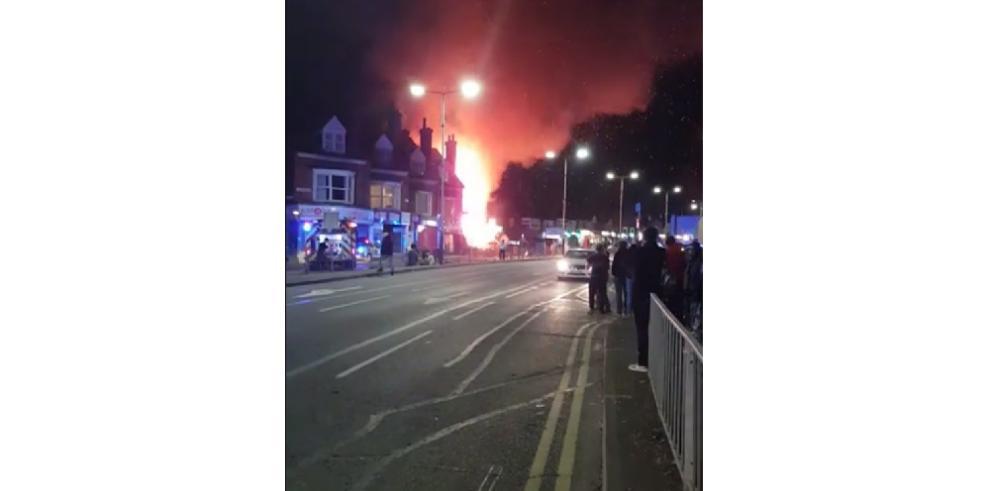 Ocurre explosión masiva en tienda de la ciudad británica de Leicester