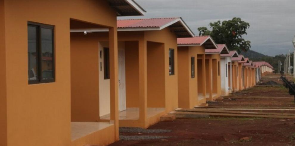 Unas 750 promotoras construyen viviendas