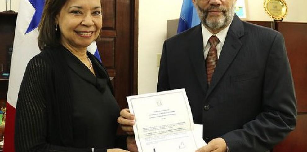 La organización regional Caricom y Panamá formalizan relaciones diplomáticas
