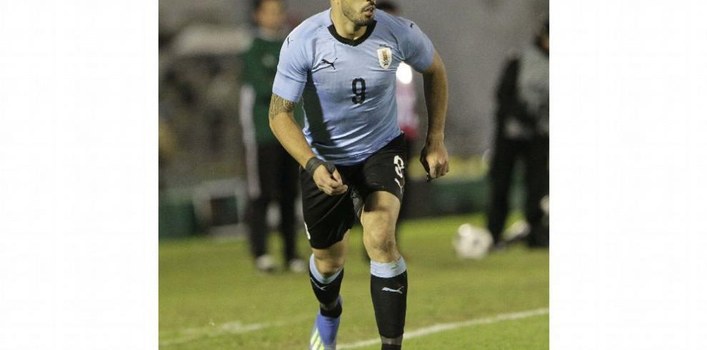 Uruguay comienza su sueño ante Egipto