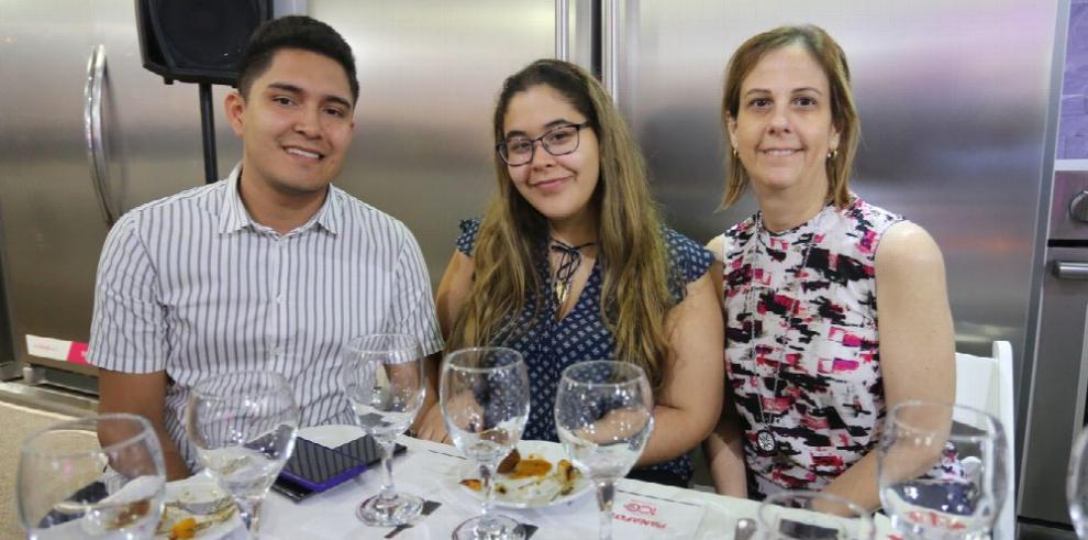 Panafoto celebra nueva oferta