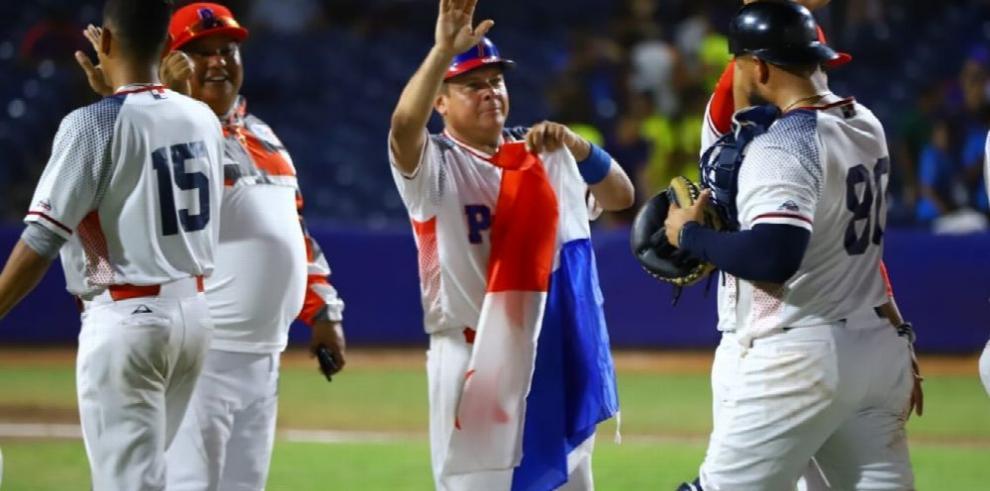 Oro de Crespo y victoria en el béisbol, lo mejor de Panamá