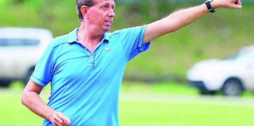 Gary Stempel dirigirá Panamá en los partidos amistosos con Venezuela y Japón