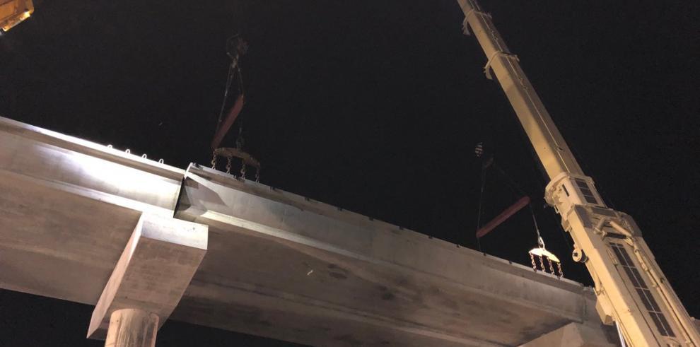 Finaliza la instalación de vigas de la Línea 2 del Metro