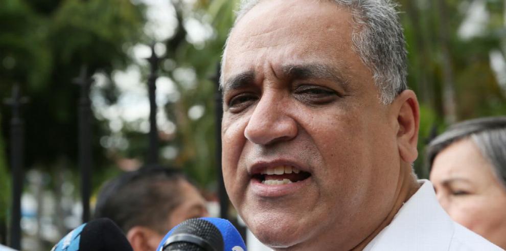 Defensa de Martinelli logra decisión a favor del expresidente