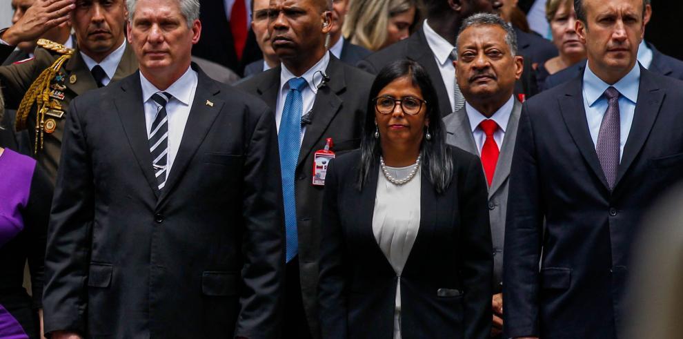 Díaz-Canel respalda a Maduro y repudia
