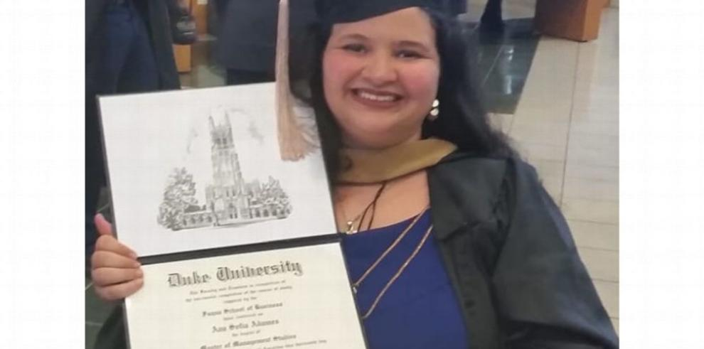 Ana Sofía Adames Arias, Bachelor of Science in Business Management