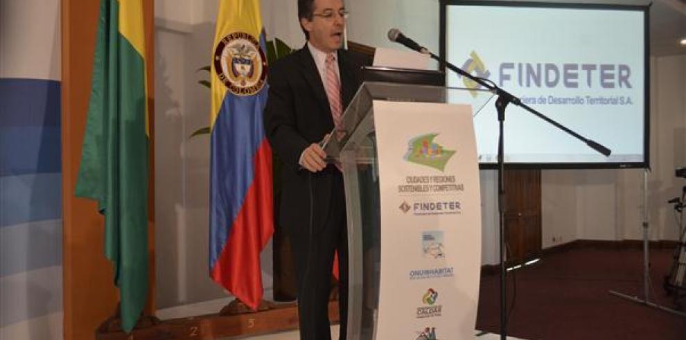 Juez envía a la cárcel al exgerente de la campaña presidencial de Santos