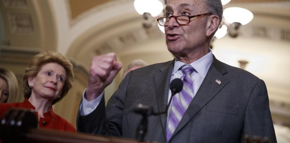 Senadores de EEUU presentan ley para proteger a inmigrantes de abuso laboral