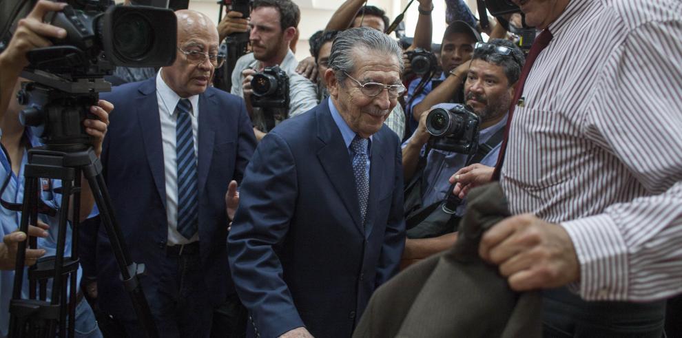 Tribunal que juzga a Ríos Montt viaja a pueblo maya para escuchar testigos