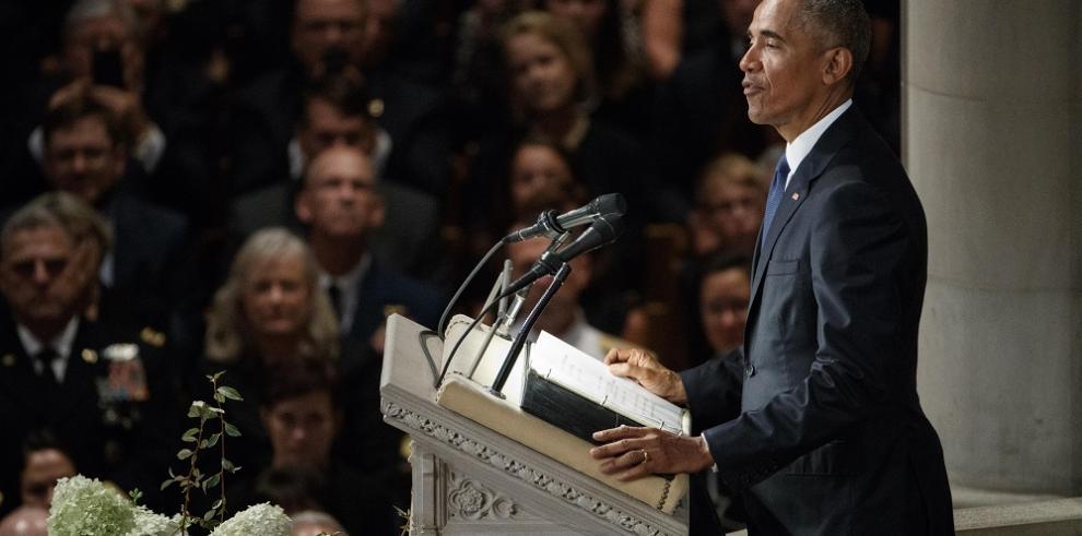 Obama llama al voto para restaurar la