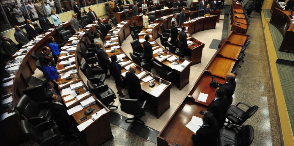Piden a diputados retomar cambios al reglamento Interno