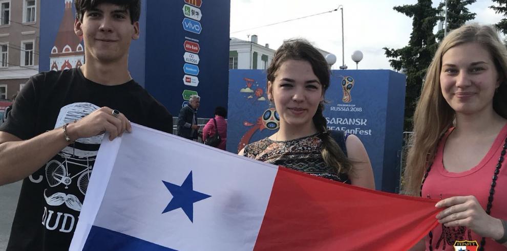 Fanáticos latinos entre la incertidumbre y el optimismo en Mundial de Rusia
