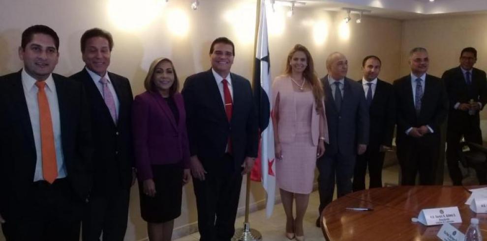 Credenciales analizará tres querellas contra magistrado Díaz