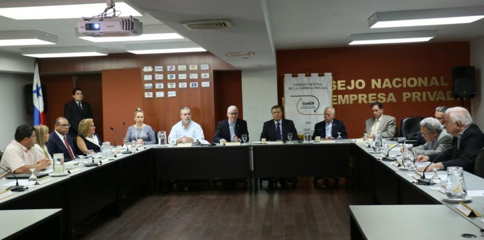 Conep presenta propuestas del sector privado para reformas a la constitución