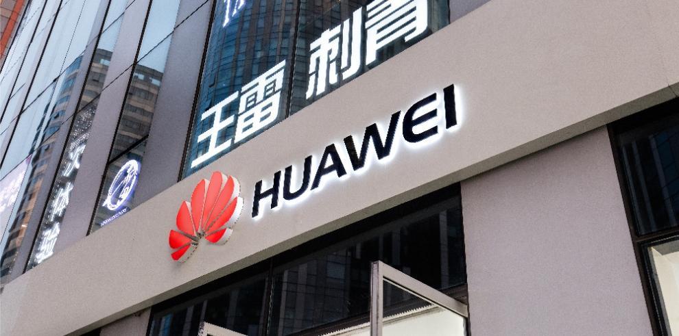 China confirma arresto de canadiense en medio de turbulencias por caso Huawei