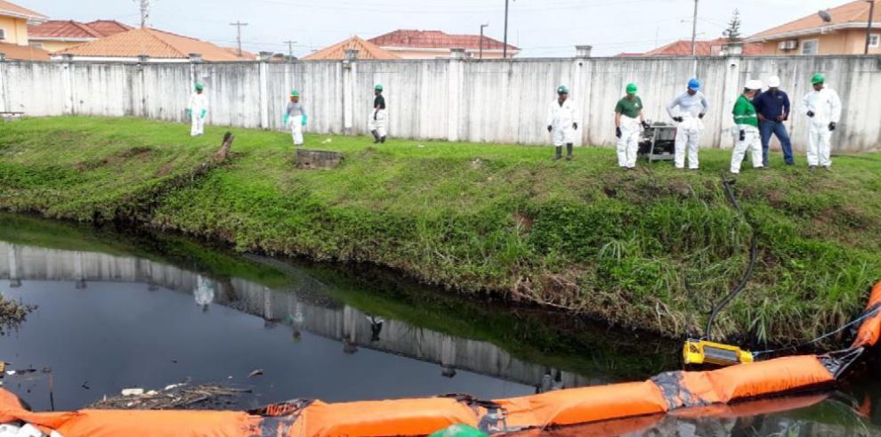 Mancha de búnker en Colón se extiende por dos kilómetros