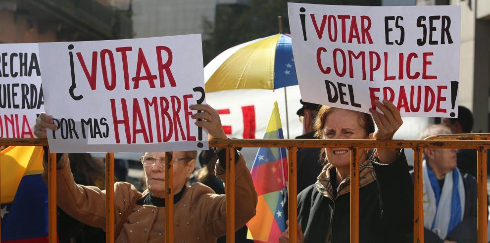 Frente opositor cifra en 12 % votación en comicios venezolanos al mediodía