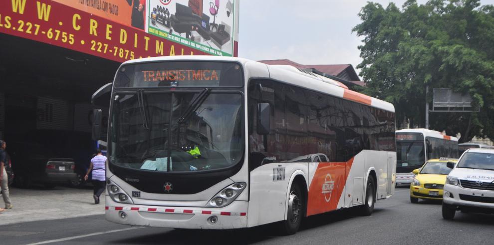 MiBus explica en un comunicado vídeo de Metro Bus ingresando a casa de citas