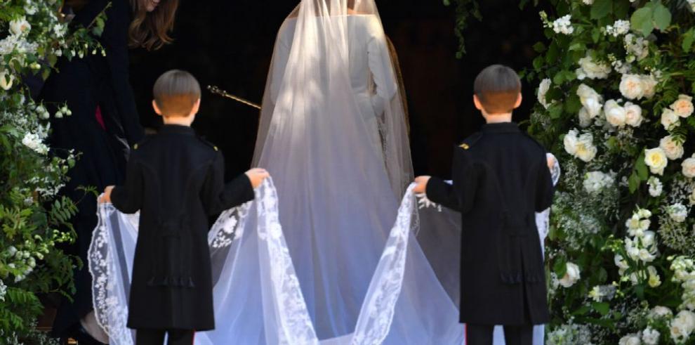 Meghan Markle y el príncipe Enrique ya son marido y mujer