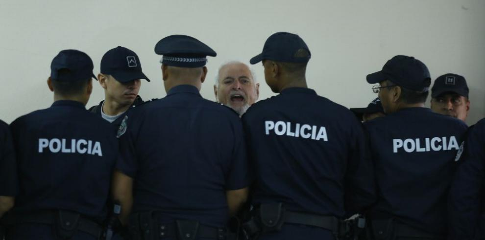 Martinelli es llamado a juicio por cuatro delitos