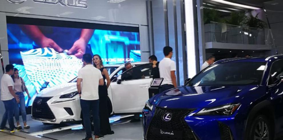 Merma en autos nuevos ralentiza la venta de combustible
