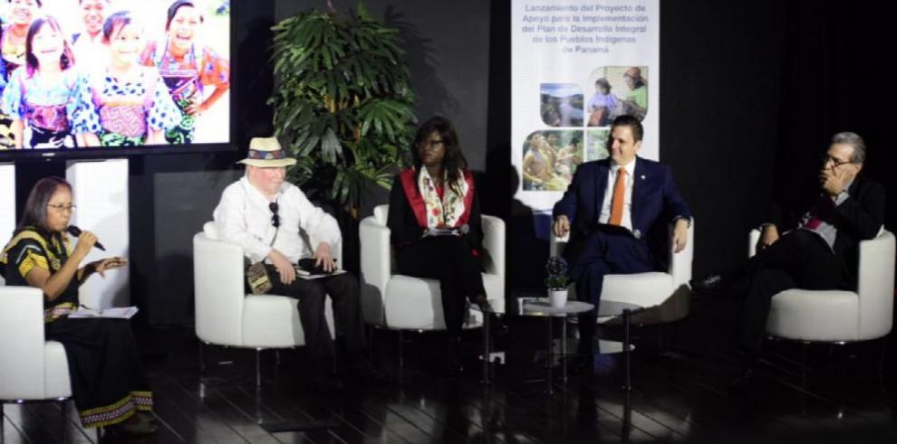 BM incentiva desarrollo de etnias indígenas