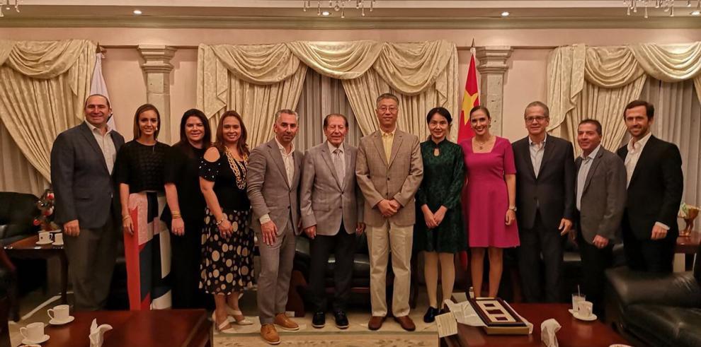 Embajada de China abrió sus puertas en la Vía Cincuentenario
