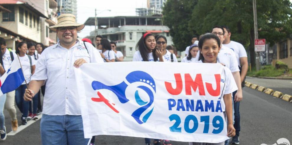 Peregrinos de la JMJ, movilizados por la fe y por los metrobuses