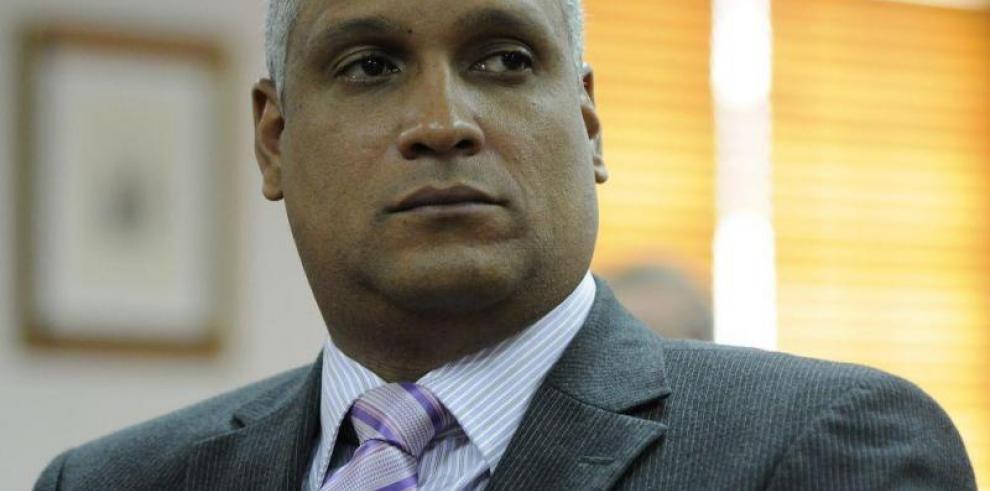 Varela no descarta a Mejía para la Corte