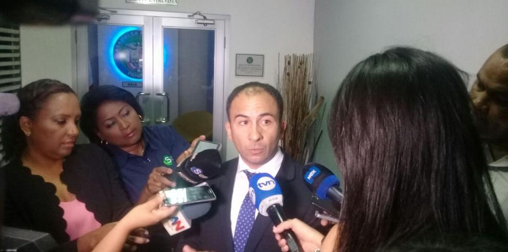 La Corte ordenó suspender acciones sobre Comisión de Credenciales