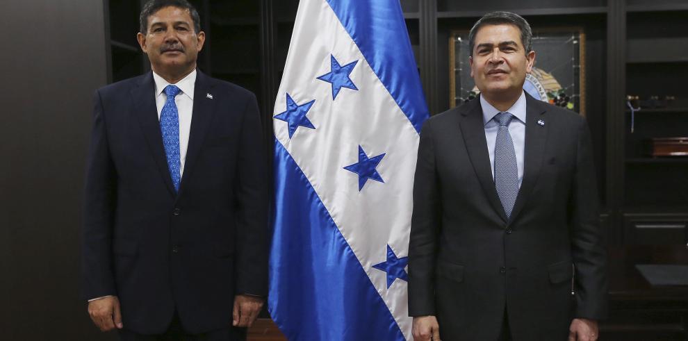 Hernández califica
