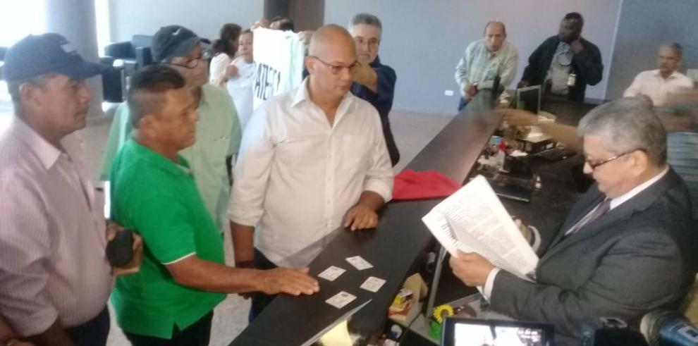 Productores de Barú denuncian al presidente Varela