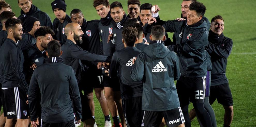 Vicepresidente de River lamenta falta de acuerdo para evitar jugar en Madrid