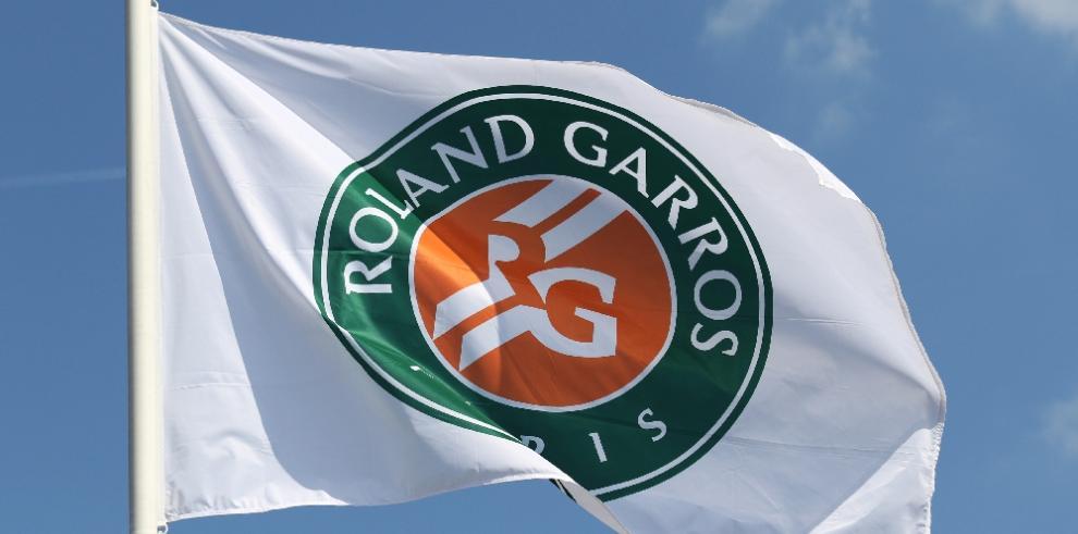 Roban trofeos Wimbledon y Roland Garros de extenista Jaime Yzaga