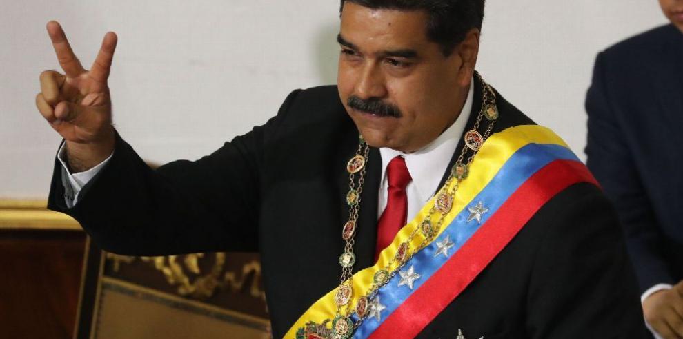 Maduro se juramenta ante la Constituyente