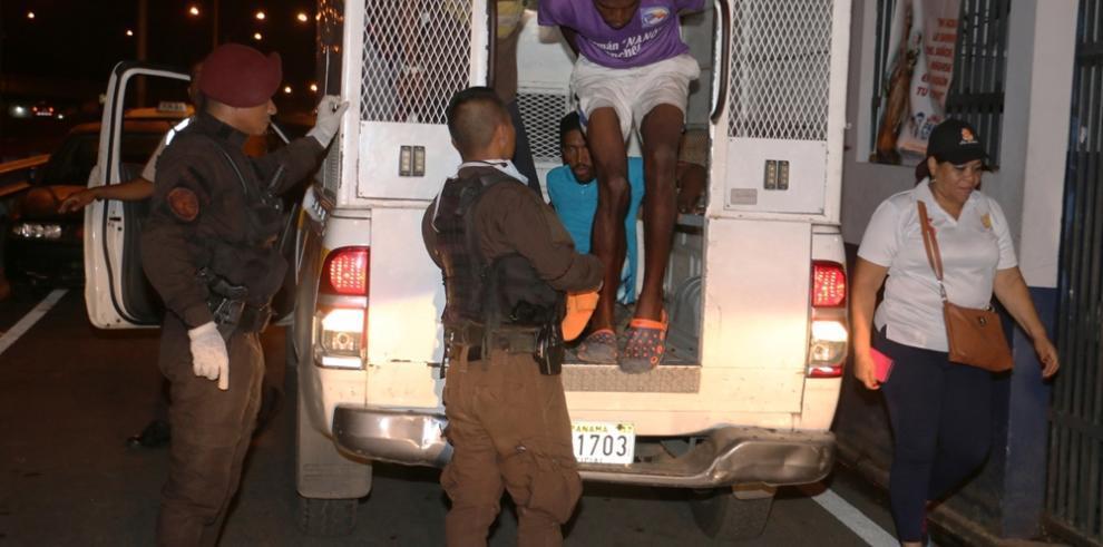 Realizan operativos de captación de indigentes en Calidonia