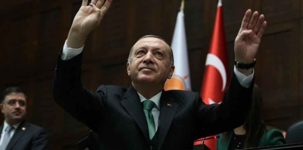 Sube la tensión entre Turquía y Siria por Afrín