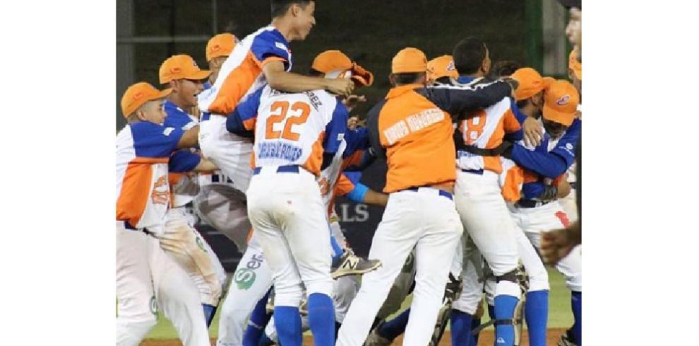 Los 'Potros' de Panamá Este, primer clasificado del Béisbol Juvenil